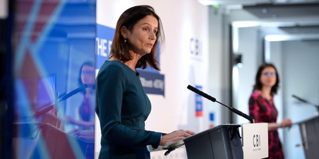 EU's top Brexit negotiator tells UK that 'frictionless trade' won't happen