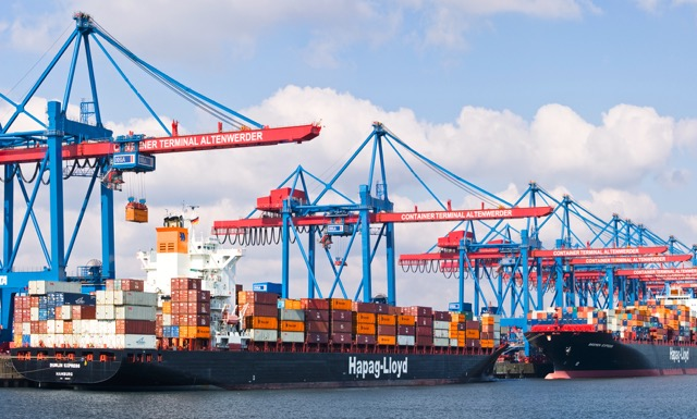 hapag-lloyd-hit-by-low-freight-rates