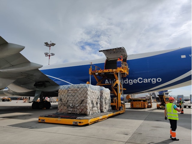 AirBridgeCargo Airlines together with ATRAN Airlines have transported over 170 tons of medical equipment to Krasnoyarsk copy
