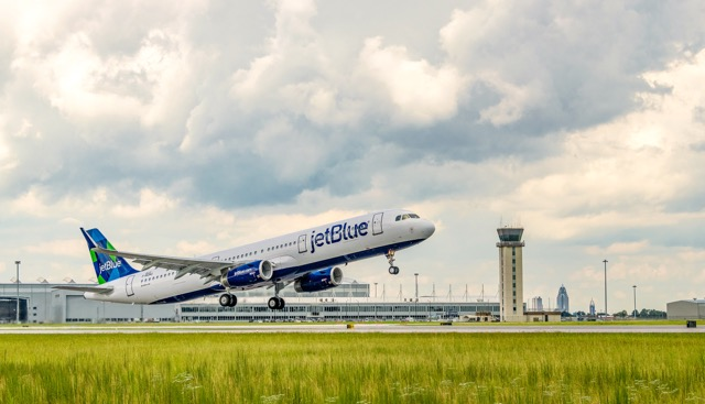 JetBlue A320 Mobile sustainable fuel