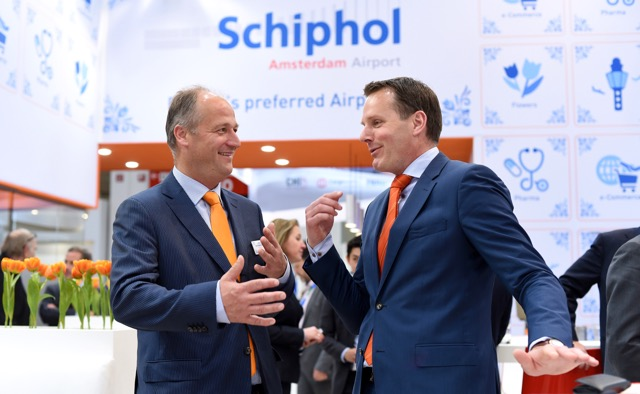 Jonas van Stekelenburg Head of Cargo Amsterdam Airport Schiphol and Nanne Onland Executive Director Cargonaut